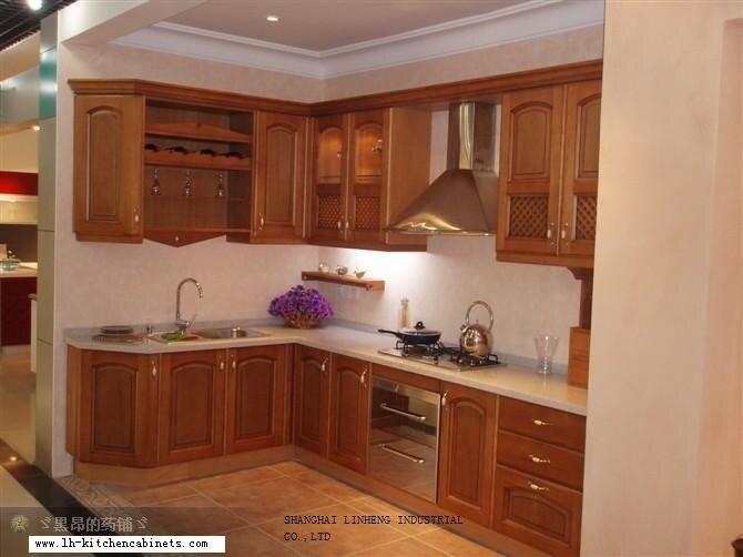 Gabinete de cocina de estilo europeo de madera maciza lh for Gabinetes de madera para cocina pequena
