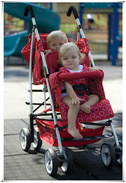 Black Color Red Color Twins Pram Baby Boy And Girls Twins