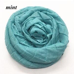 Image 4 - חדש 30 צבעים קפלים רשת רגיל אלסטי צעיף אופנה צעיף נשים ילדי מוצק צעיפים מובלט המוסלמי hijabs אופנה צעיפים