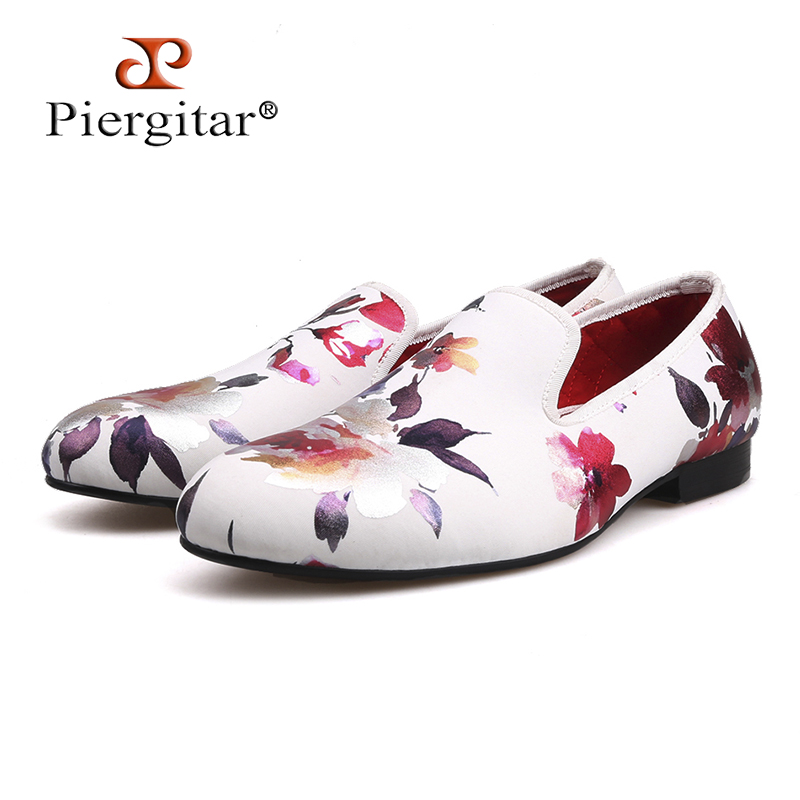 2018 new style Handmade white color print gold flower China style men loafers wedding and party men shoes Fashion men's flats fashion style