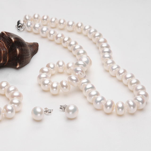 Natural Freshwater Pearl Jewelry Set