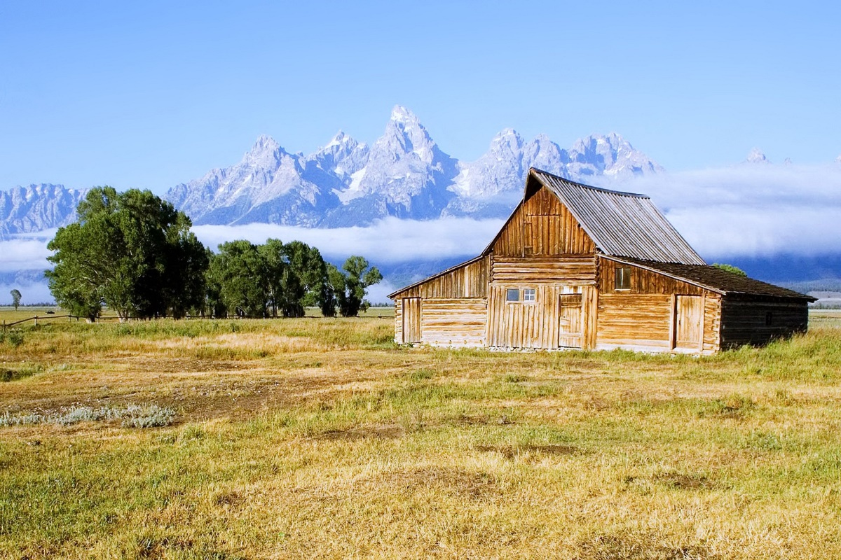 Moulton Barn Grand Teton National Park countryside mount nature ...