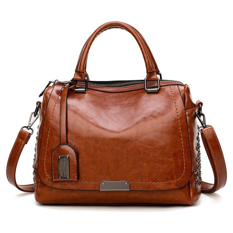 2018 new women's bag oil leather handbag ladies rivet portable shoulder bag in Europe and America woman wedding bag democracy in america nce