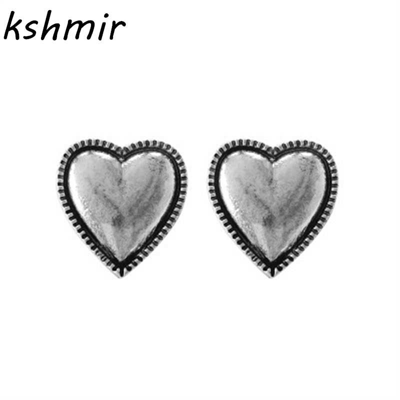 Fashion lady hot boutique earrings do old silver pendant earrings love restoring ancient ways in Stud Earrings from Jewelry Accessories