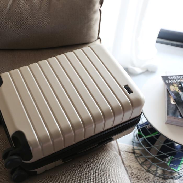 Cuento de viaje de alta calidad, ultra ligero, maleta de viaje elegante y simple de 20/24/28 pulgadas-in Equipaje de ruedas from Maletas y bolsas    1