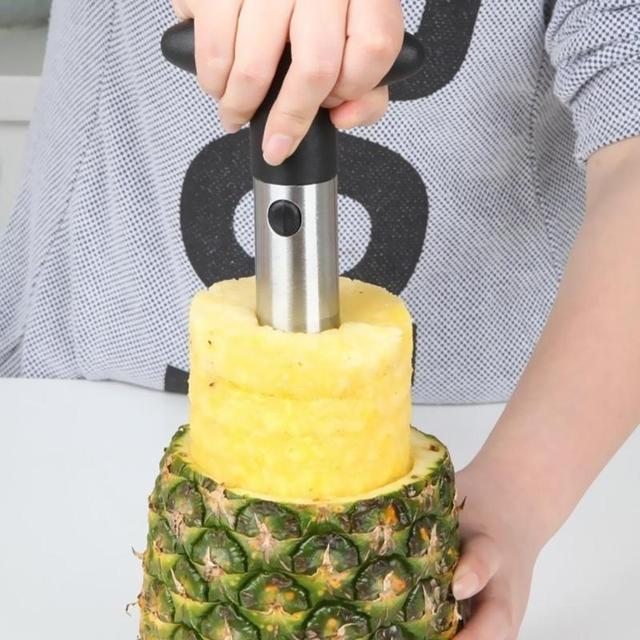 1PC Creative Stainless Steel Pineapple Peeler Accessories Slicer Fruit Cutter Corer Slicer Kitchen Tools Easy to Use 4