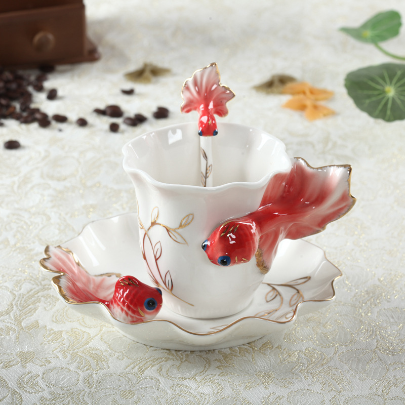 Новая мода, ручная работа, фарфоровая эмаль, золотая рыбка, кофейная чашка с блюдцем и ложкой, фарфоровая чайная чашка, подарок на день Свято...