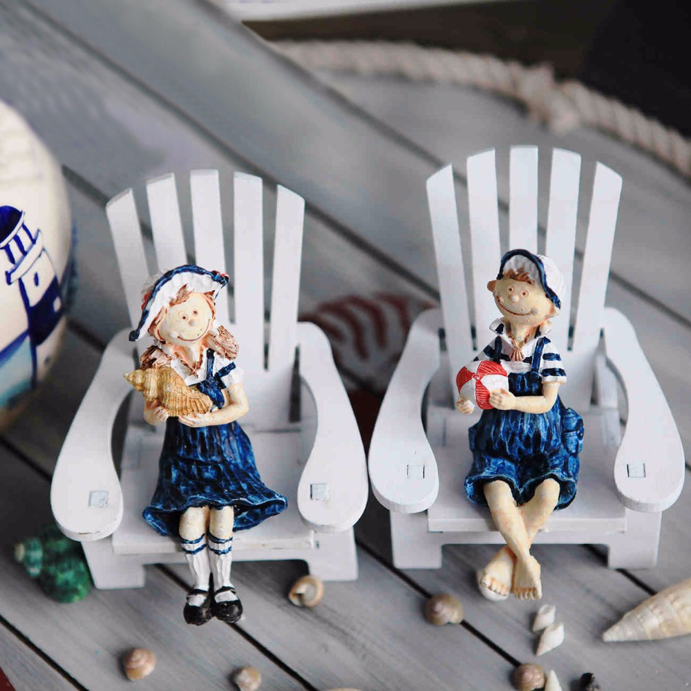 New!Resin doll 2PCS/SET Mediterranean Style Mini Beach Chair lovers doll 2PCS/LOT house Wooden Crafts <font><b>Nautical</b></font> <font><b>Home</b></font> <font><b>decor</b></font>