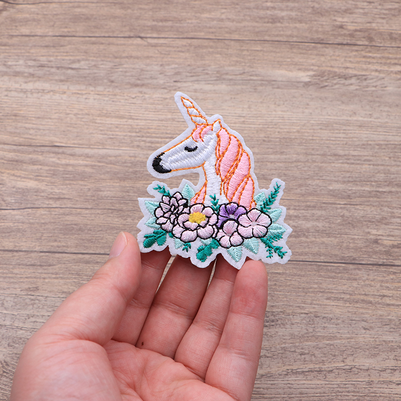 100pcs/lot Pink Horse Unicorn Patch Animal Patches Embroidery Iron On Flowers Applique For Clothes Dresses DIY Accessory Badge