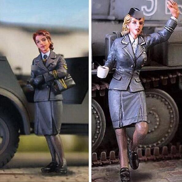 1/35 Resin Figure German Communication Female Soldier 2pcs/set Model Kits