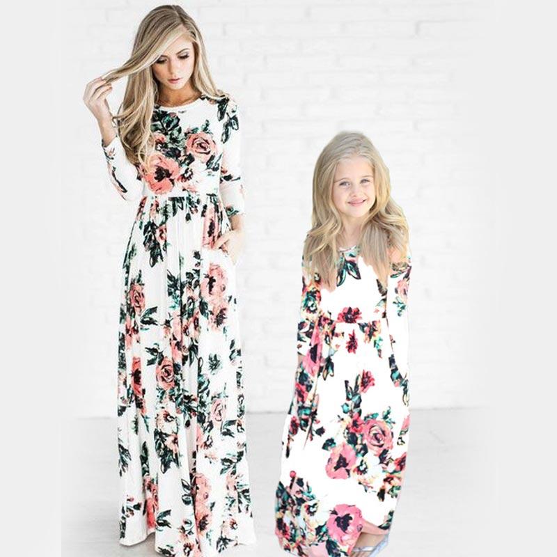 Mulheres boêmio Vestidos para Mãe e Filha Vestido Floral Meninas Vestidos de Correspondência Da Família Moda Mãe e Me Criança Vestido