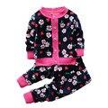 2015 Осень зима новорожденных девочек рождество одежда набор ребенок Цветок утолщаются Теплую одежду набор детей Тепловой кардиган свитера + брюки