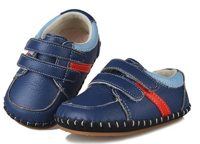 Sapatos recém-nascidos Bebês Berço Macio rasa Sapatilhas Primeiro Walker sapatas dos miúdos da criança sólida genuína bebê de couro macio sapatos da menina do menino