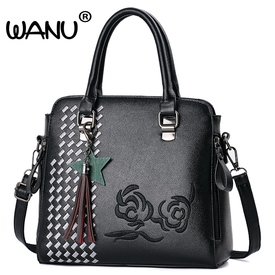 2017 Hot Sale Embroidery Women Bag High Quality Pu Leather Ladies Retro Tote Bag Designer Handbag New Design Shoulder Bags hot sale 2016 new fashion women girls winter warm wallet high quality tote bag card pack small hairy bag handbag