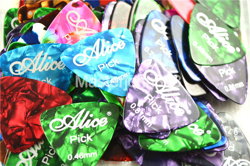 100pcs Alice Medium Triangle Colorful Pearl Celluloid Electric/Acoustic Guitar Picks 0.46/0.71/0.81mm Assorted Plastic Box