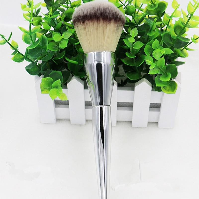 Mycket stor skönhet Pulverborste Blush Foundation Round Make Up Tool Stor Kosmetika Aluminiumborstar Mjuk ansiktsmakeup, gratis frakt