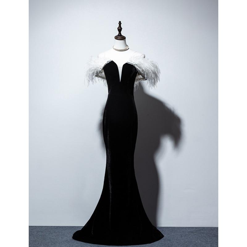 New Ostrich Feather Black Velvet Off The Shoulder Mermaid Long Vestidos De Festa Lace Up Celebrity Evening Party Dresses 2020