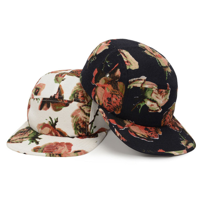 ee0b09dee8b Rose Flower 5 Panel Cap Hat Hiphop Snapback Hats Flat Bill Gorras Men    Women Fashion Floral Adjustable Strapback Caps Goldtop