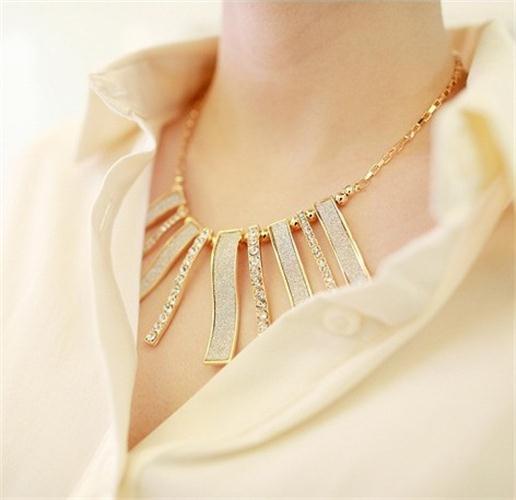 Koreai női divat túlzott geometriai fehér matt nyaklánc női - Divatékszer