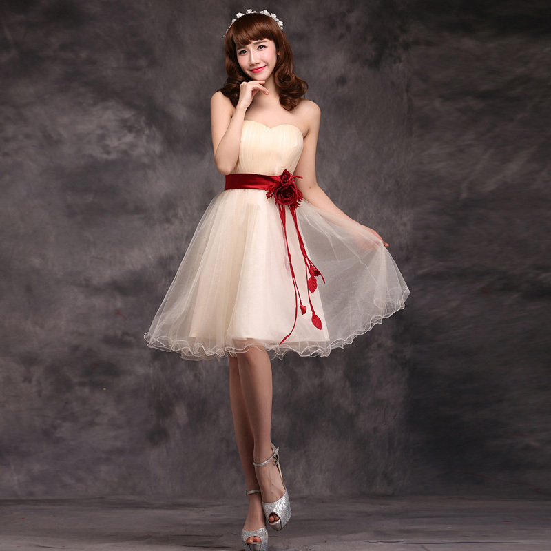 187237411a6 Pretty Short Bridesmaids Dresses 2016 Hot Sell Bride Wedding Party Dress  A-line Champagne white Flower Sweetheart Prom Dress