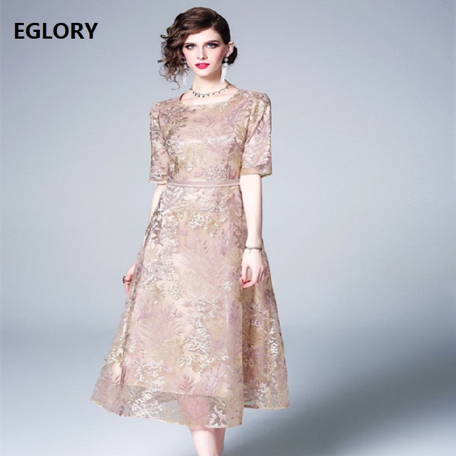 Top Quality Brand Chinese Dress 2019 Summer Fashion Party Vintage Dress Women O-Neck Allover Luxurious Embroidery Mid-Calf Dress