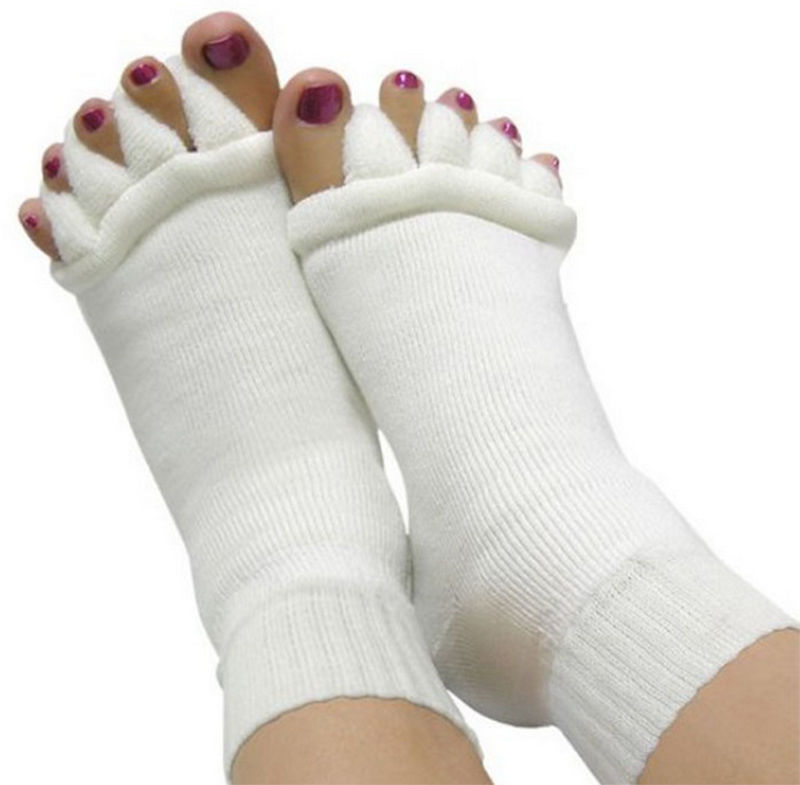 1pair Five Toe Socks Fingers Toe Separator Foot Alignment Pain Relief Massage Socks for Woman Braces Supports High Quality