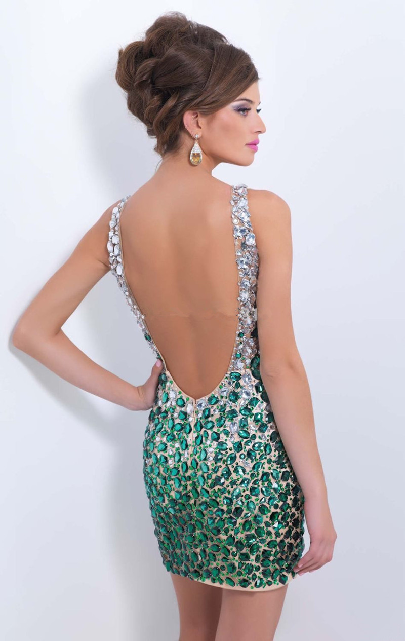 Sexy Backless Beaded Crystal Short Prom Dresses Vestido De Festa Scoop  Turquoise Party Dresses Above Knee Homecoming Dress-in Prom Dresses from  Weddings ... d4a72b92ab78