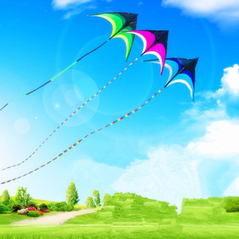 2M Steppe Kite Stunt Kite- ը 10 մ երկար պոչով եռանկյունի Ծիածանագույն ուրուր Հեշտ թռիչք բացօթյա սպորտային խաղալիքների նվեր երեխաների համար