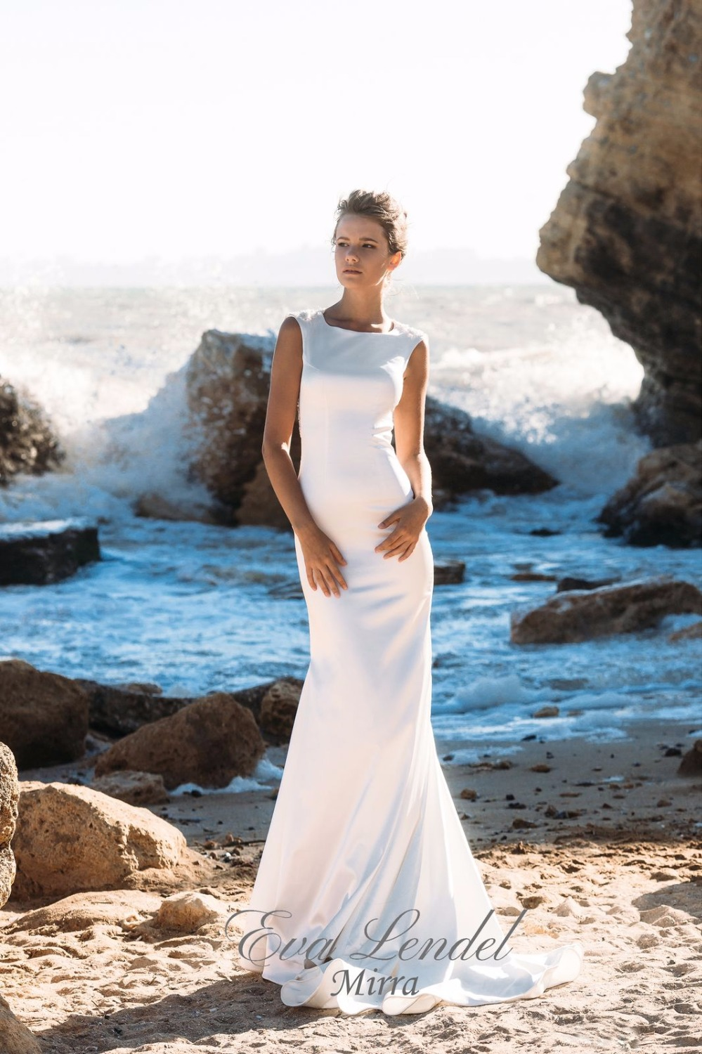 Beach Wedding Dresses 2017 New Arrival Round Neck Illusion Back ...