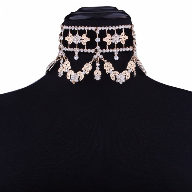 KMVEXO 2017 Fashion Crystal Rhinestone Choker Necklace Velvet Statement Necklace for Women Collares Chocker Jewelry Party Gift 4