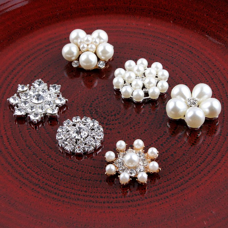 120PCS Vintage Handmade Metal Decorative Buttons Crystal Pearls Craft Supplies Flatback Rhinestone Buttons for Hair Accessories