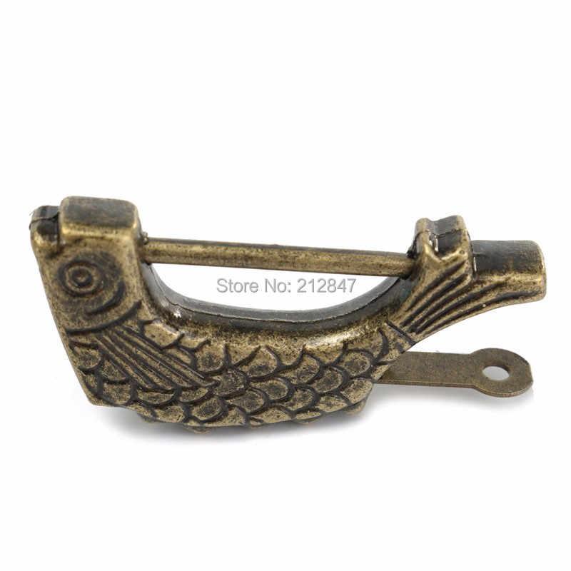 Vintage chinois Antique ancien Style rétro en laiton cadenas boîte à bijoux poisson motif serrure clé pour la décoration intérieure ornements