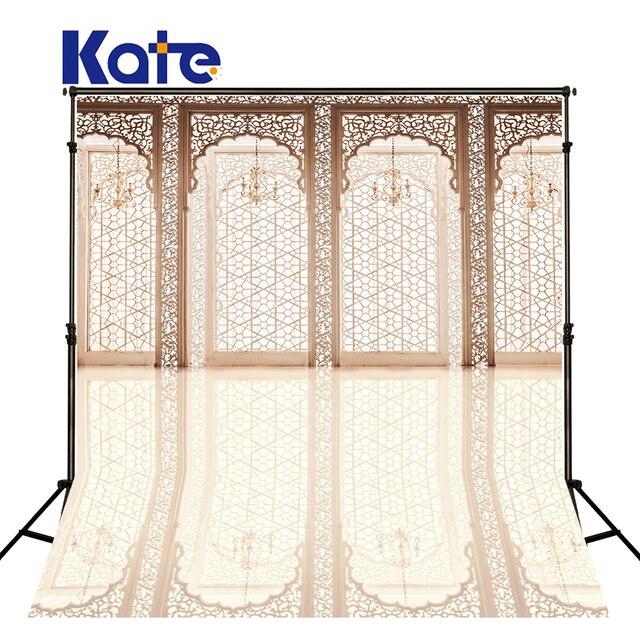 kate indoor wedding backdrop luxury wooden doors and chandeliers