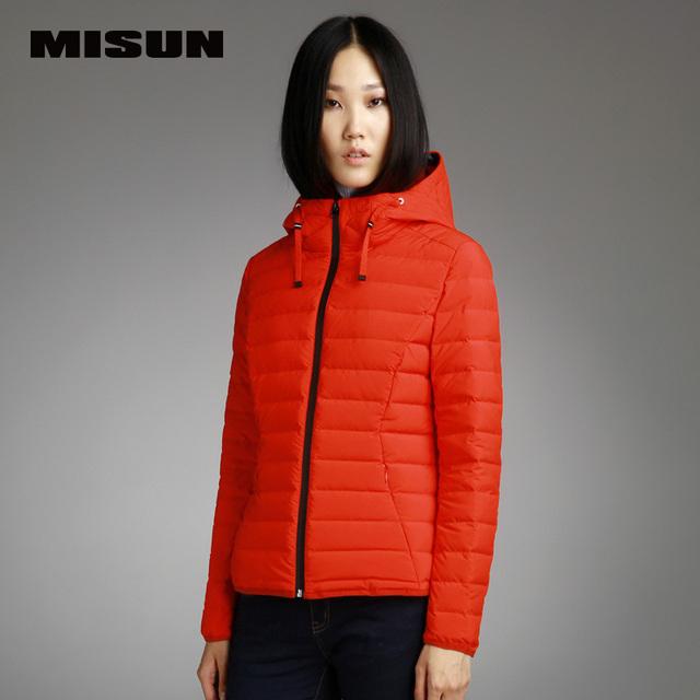 MISUN 2017 chaqueta de invierno las mujeres delgadas con una capucha de manga larga engrosamiento diseño corto cremalleras wave cut sólido prendas de vestir exteriores abajo de la capa