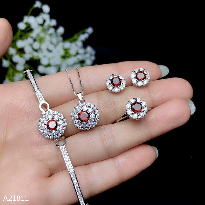KJJEAXCMY Boutique jewelry 925 pure silver inlaid natural garnet lady's Bracelet Ring Pendant Earring support test