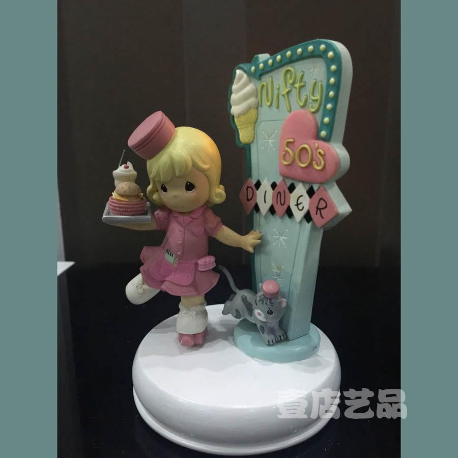 Lovely Diner Girl Ornament Restaurant Decoration Birthday Gift For