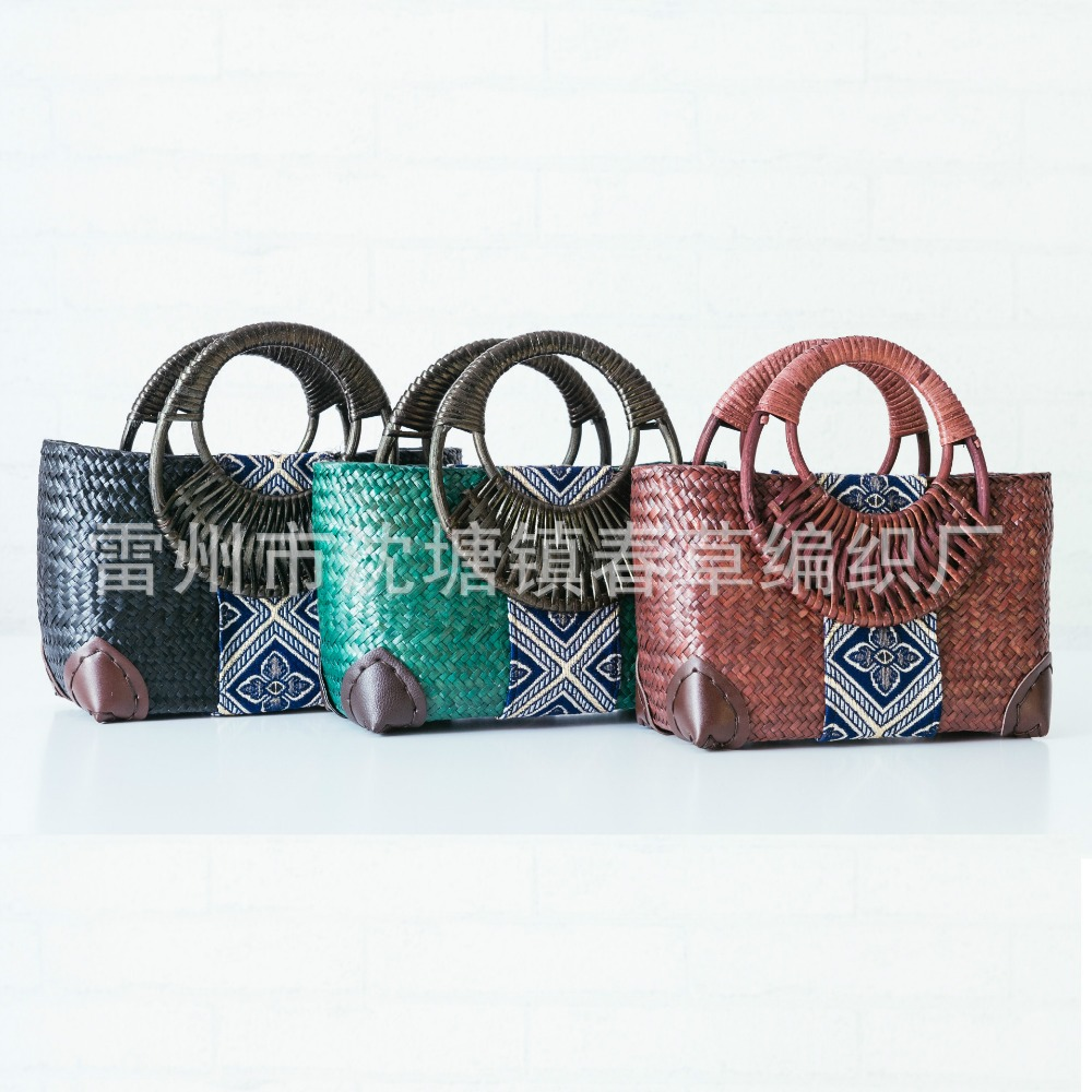 купить 2017 new Thai version of the straw bag women's handbag retro fashion hand rattan grass package travel beach bag недорого