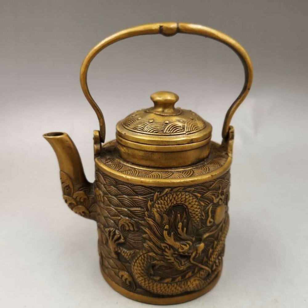 Chinese Antique Old copper hand-made wealth lucky Dragon teapot flagon