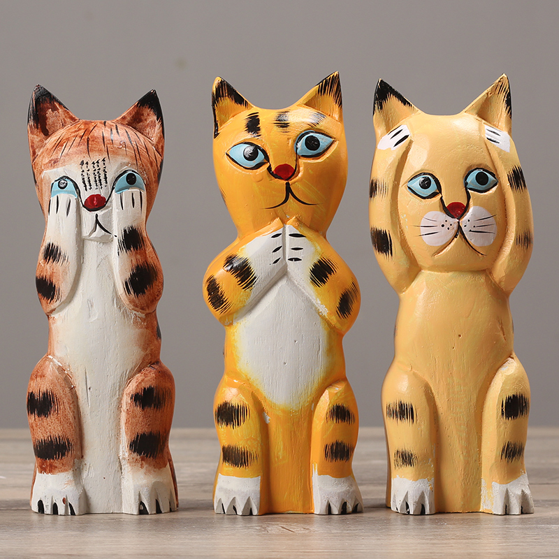 Creative Nordic Style Dekor Wood carved decoration cute tiger Office Desk Decor Bar Entrance Hall ornaments baby birthday gifts