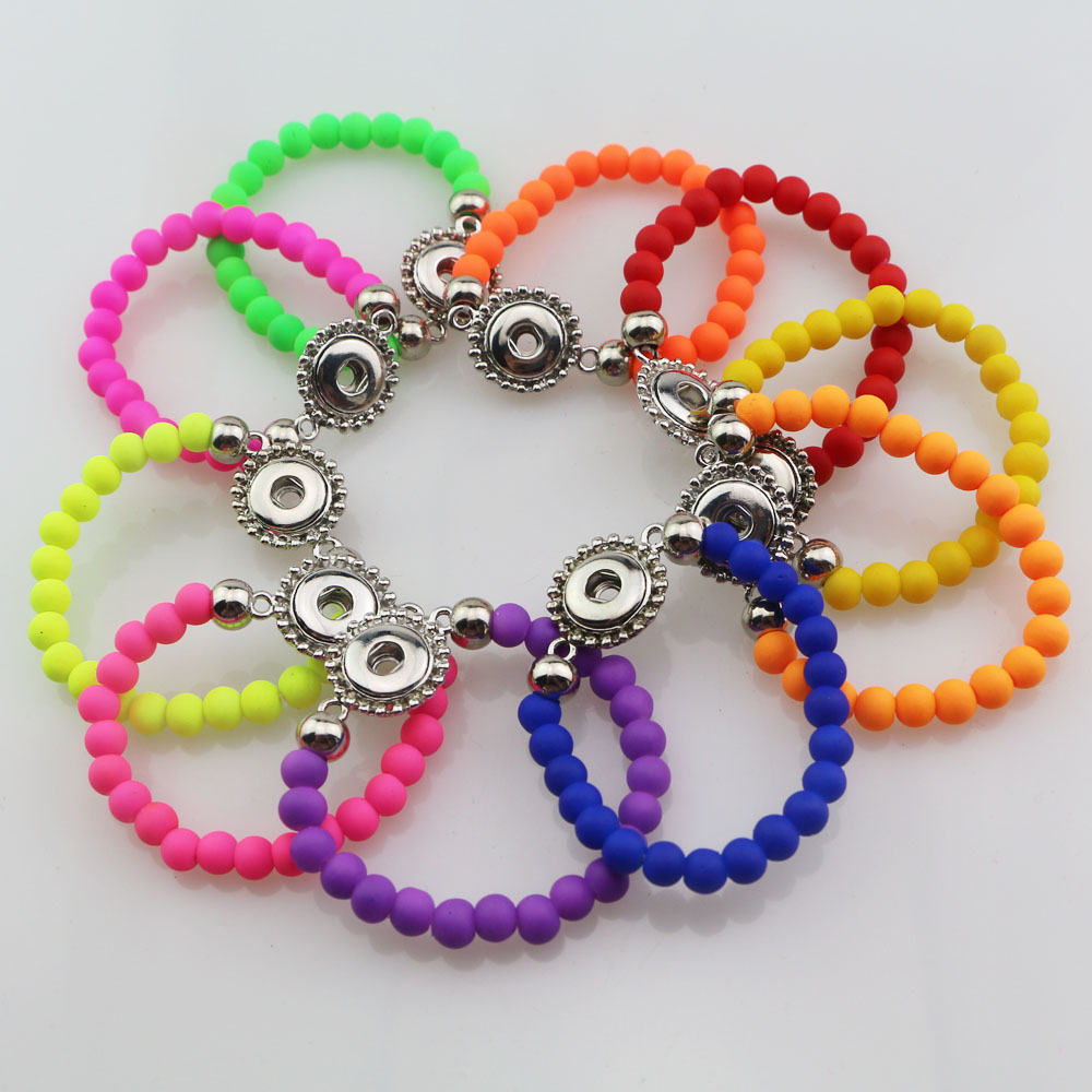 wholesale 30pcs mix colors Fashion 15cm Length Handmade Elastic Acrylic Rubber Beads 12mm Snap Button Bracelet for Kids Girls image