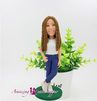 2019 AMAZING CAKE TOPPER Toys Young and beautiful girl sculpture And Groom Gifts Ideas Customized Figurine Valentine's Day