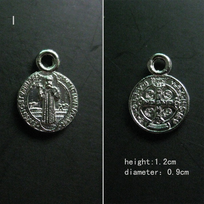 US $9 5 |Catholic religious Gifts Lot of 100pcs Evil Exorcism Saint St   Benedict St Medals Bracelet Charms free shipping-in Charms from Jewelry &