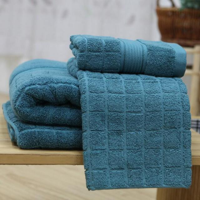 Dark Green Color 100 Cotton Towels For Beauty Salons Five Star Hotel Face