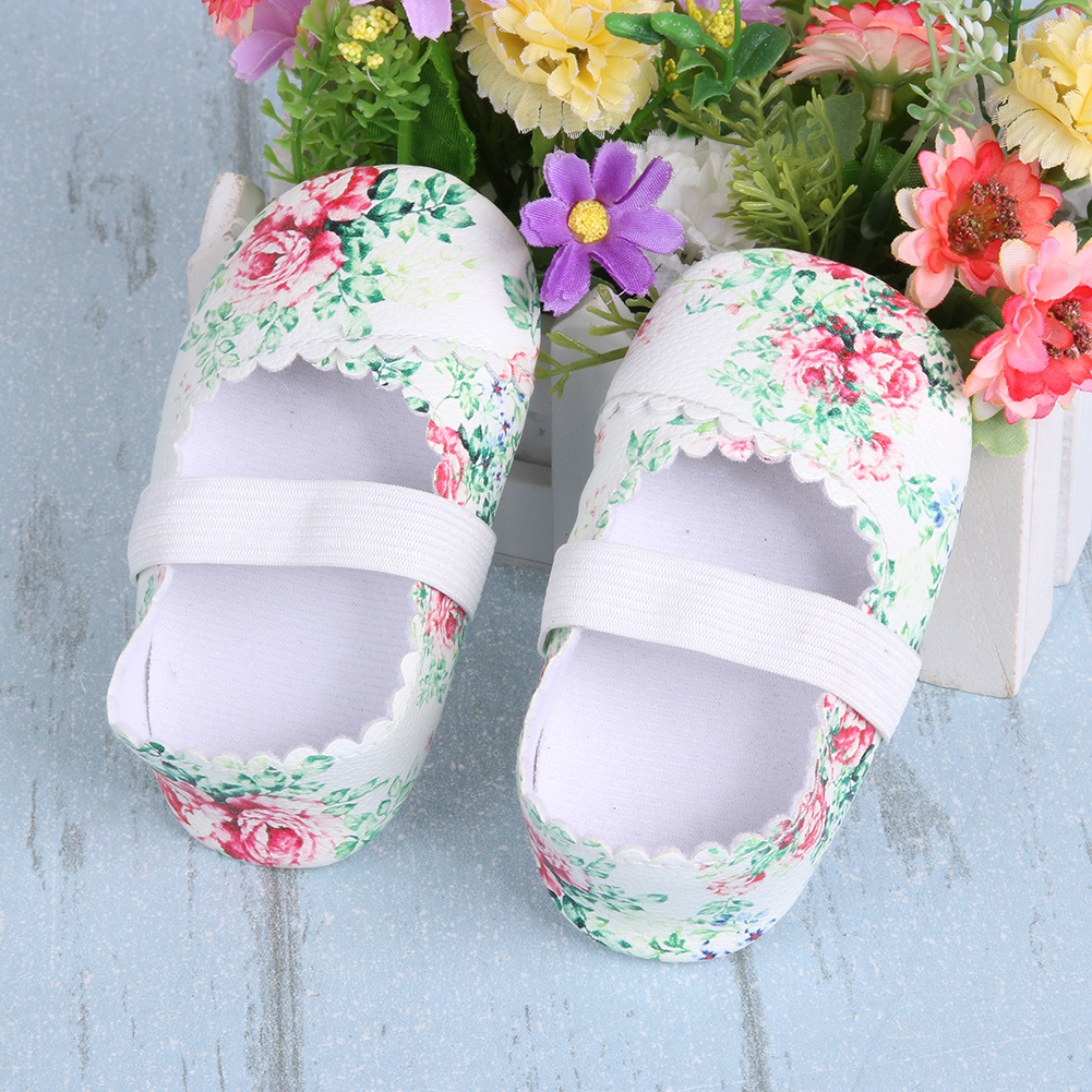 Baby Girl Floral Dance Boot Newborn Shoes Princess Party Baby Antiskid Soft Sole Shoes Baby Moccasins for 0-18 M Infantil Goods