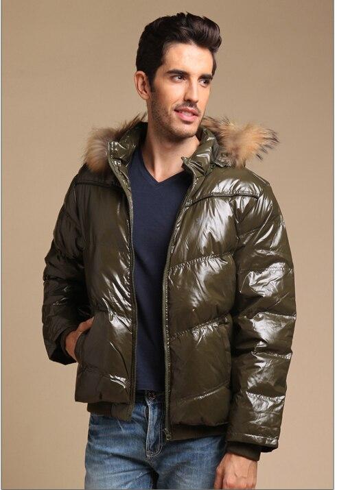 Liquidation homme 2018 hiver duvet de canard manteau mâle chaud parkas court veste avec réel fourrure de raton laveur à capuchon vert orange bleu marine noir