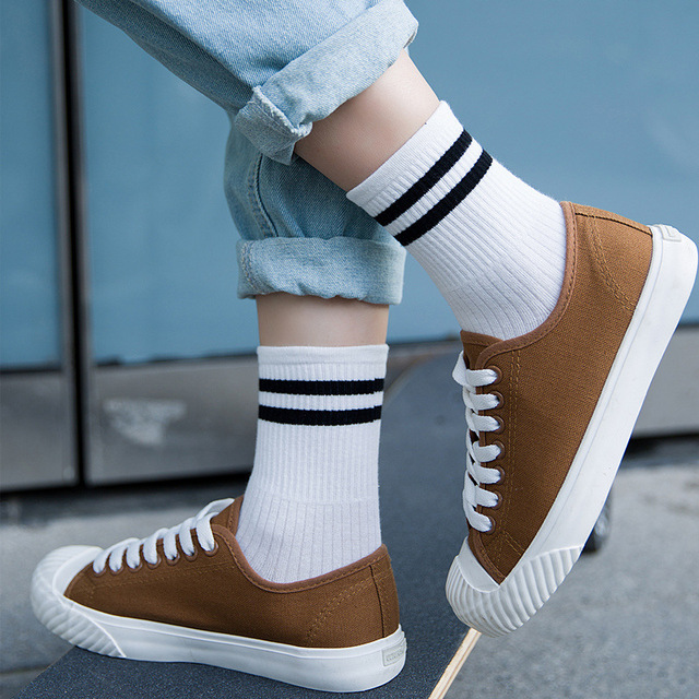 1 Pair Unisex Striped Breathable Cotton Sock
