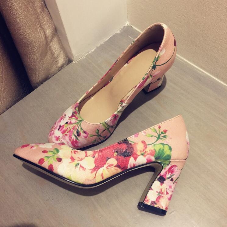font b Women b font Summer Sheepskin Round Toe Flowers Traditional National Style High Heels