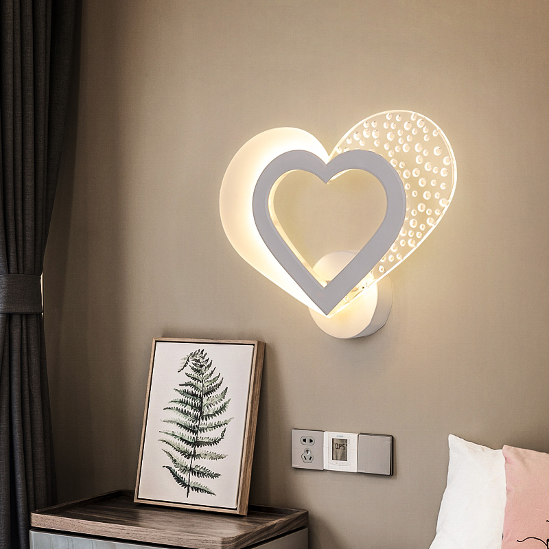 Romantic Sweet Heart Wall Lamp Modern Minimalist Led Bedside Lamp Nordic Creative Personality Aisle Corridor Bedroom Wall Lights