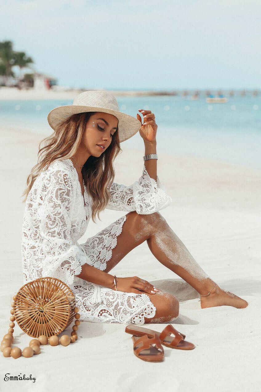 Panas 2019 Baru Musim Panas Wanita Bikini Cover Up Floral Renda Hollow Crochet Baju Renang Cover-Up Terusan Tunik gaun Pantai