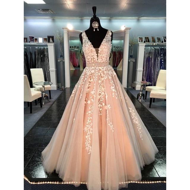 Linyixun Vestido De Fiesta 2020 Princess Champagne A-Line Tulle Prom Dresses Deep V-Neck Appliqued Women Evening Party Gowns 2